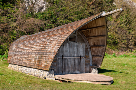 dover: Old wooden boathouse at White Cliffs of Dover in Kent, England