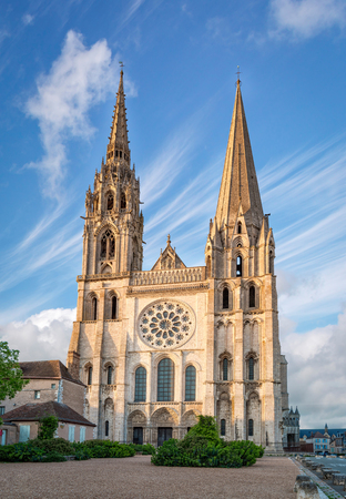 Chartres, France - May 21, 2017: View of the West facade of Chartres Cathedral 新闻类图片