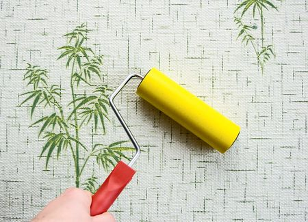 household work on Wallpapering