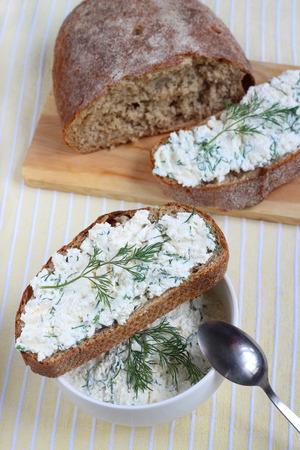cottage cheese: Pane con la ricotta Spuntino