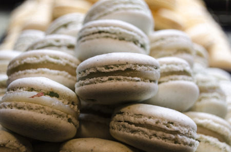french pastry: Macarrones, pasteler�a tradicional francesa
