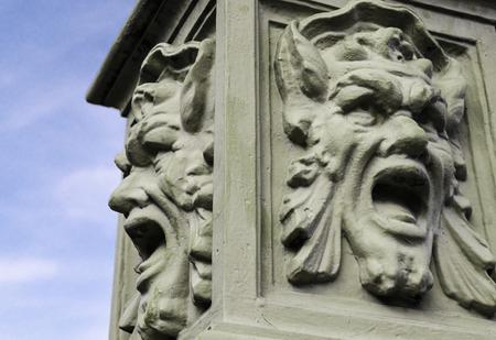 statue: Grotesque sculpture