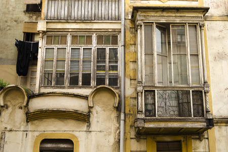 grungy: Grungy architecture