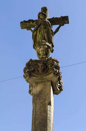 kruzifix: Religiöses Symbol, Steinkruzifix Lizenzfreie Bilder