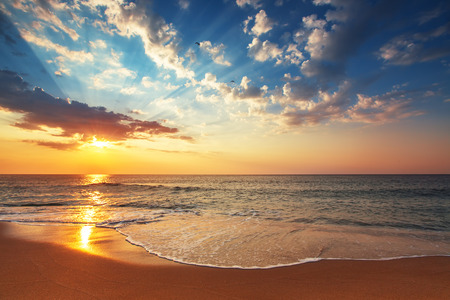 Beautiful cloudscape over the sea, sunrise shot 스톡 콘텐츠