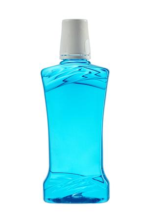 mouthwash: Botella de plástico de enjuague bucal aislado en fondo blanco Foto de archivo