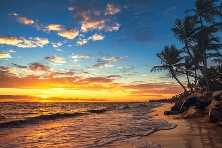 Punta Cana Sonnenaufgang , Landschaft des Paradieses tropischen Strand