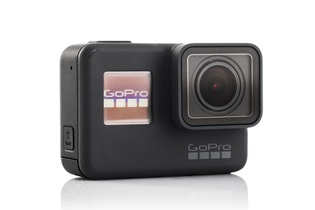 바르나, 불가리아 - 2017 년 3 월 9 일 : GoPro 영웅 5 블랙 GoPro Inc에 의해 white background.manufactured에 격리