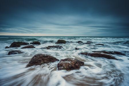 Beautiful cloudscape over the sea, sunrise shot 版權商用圖片