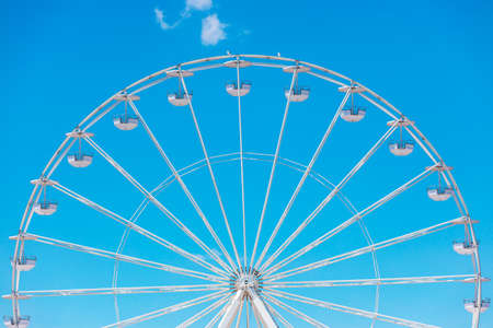 Ferris Wheel with Blue Sky and clouds Stok Fotoğraf