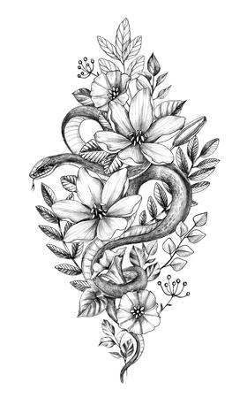 Ręcznie rysowane wąż zdobione kwiaty i liście na białym tle. Ołówkiem rysunek węża monochromatyczne i polne kwiaty. Kwiatowa ilustracja pionowa w stylu vintage, projekt koszulki, sztuka tatuażu.