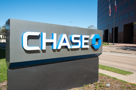 JPMorgan Chase Bank is the largest bank in the United States, and the worlds sixth largest bank by total assets. Banking and financial services. Publikacyjne