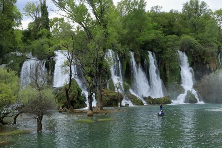 YOU AND I TOGETHER IN THE KRAVICA WATERFALL BOSNIA WATERFALL Foto de archivo