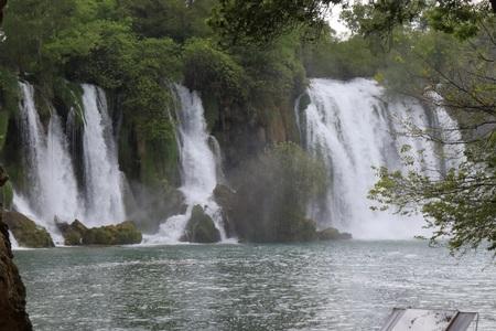 INMENSA CASCADA KRAVICA WATERFALL BOSNIA