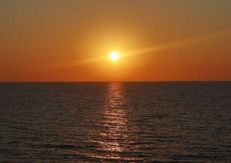 when the sun falls in the tirreno. Foto de archivo