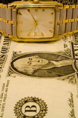 dolar: Dolar y reloj