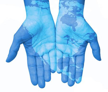 el mundo en tus manos: Manos con América del Norte, mapa de los Estados Unidos y Canadá diseñada. El mundo en sus manos