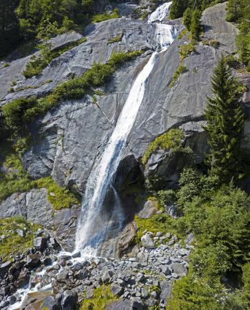 Valley of nature lovers in the valley of Val di Mello, a valley in the valley of Val di Mello, Renamed the Italian Yosemite Valley. Val Masino, Valtellina, Sondrio. italy Stock Photo