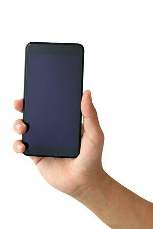 Main tenant le smartphone avec écran blanc sur fond blanc