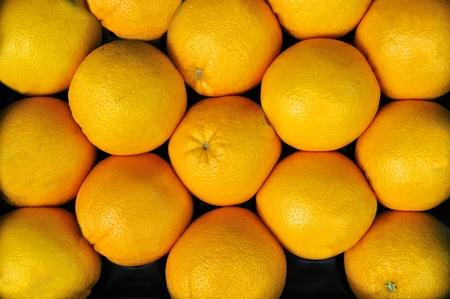 greengrocer: naranjas en una verduler�a en un mercado de alimentos Foto de archivo
