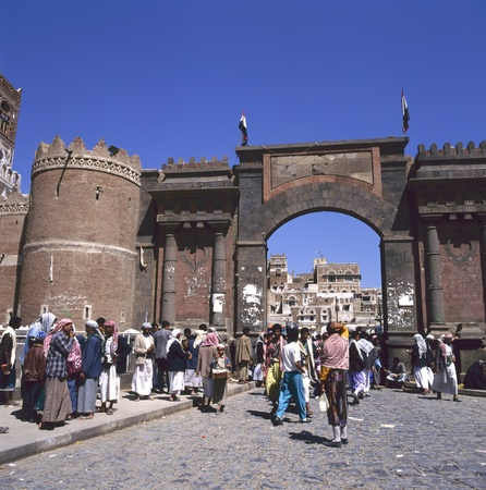 bab: Bab al Yemen, Sanaa - the main gate to the old city in the capital of Yemen