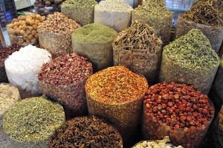 souk: Spices in the spice souk in Dubai