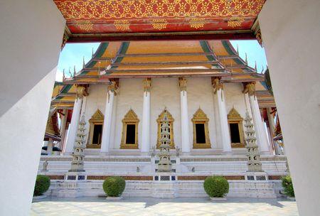 thep: Wat Suthat Thep Wararam, Bangkok, Thailand