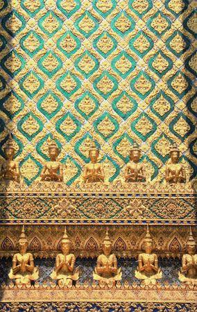 rive: Wat Phrasrirattana Sasadaram, The Temple of the Emerald Buddha, Bangkok, Thailand