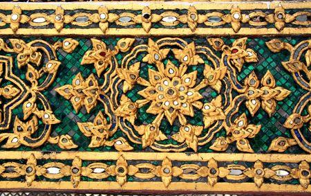 rive: Thai Ancient Art work Culture, at The Emerald Buddha Temple, Thailand Stock Photo