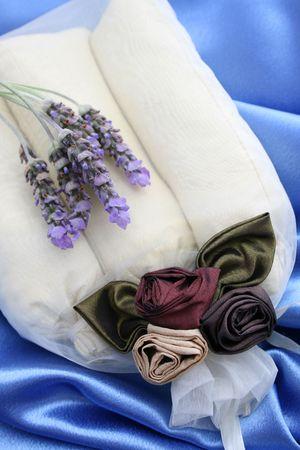 sachets: Bolsitas perfumadas habitaci�n decorada en un bolsa de organza