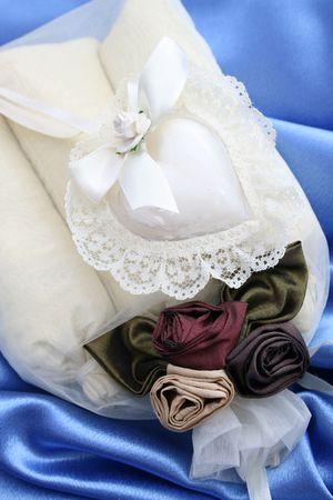 sachets: Bolsitas perfumadas habitaci�n en una bolsa de organza decorado
