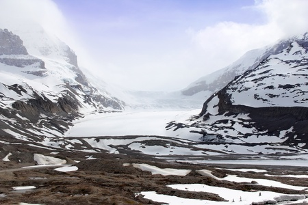 icefield: Snow-covered columbia icefield, jasper national park, alberta, canada  Stock Photo