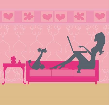 mujer perro: Compras en l�nea - mujer joven y sonriente sentado con el ordenador port�til Vectores