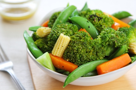 broccoli salad: Broccoli salad with carrot ,baby corn and snap pea
