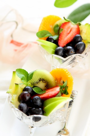 Healthy Fruit salad Stock Photo - 10706339