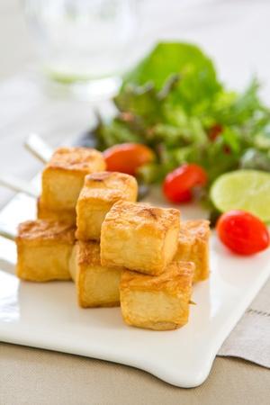 tofu: Grilled Tofu with salad