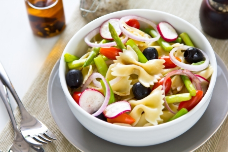 pasta salad: Pasta with asparagus and olive salad