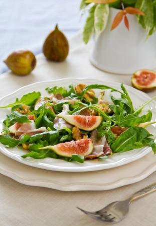 prosciutto: Fig,Prosciutto and arugula salad