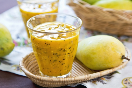 Fresh Mango with Passion fruit smoothie