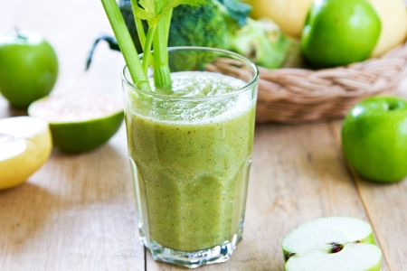 Apple with Celery ,Pear and Broccoli smoothie