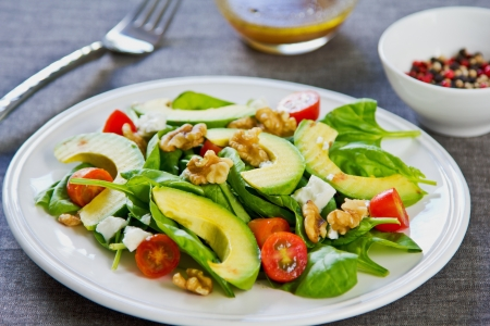 Avocado with Spinach, Feta and Walnut salad