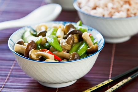 stirred: Stirred fried snap pea with mushroom in oyster sauce by brown rice
