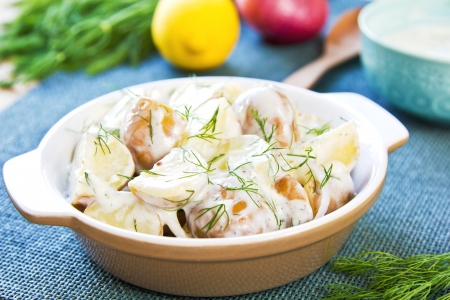 Sour cream: Potato with dill in sour cream dressing salad