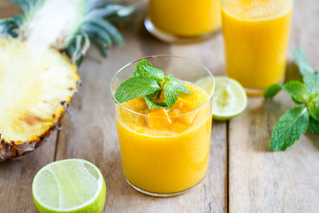 Fresh Mango with Pineapple and Lime smoothie