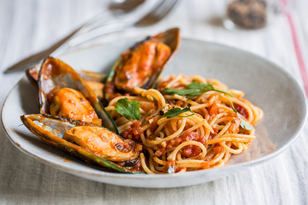 marinara: Spaghetti with Mussel in tomato and herbs sauce