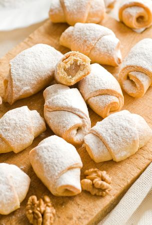 Small rolls with Turkish delight and walnuts