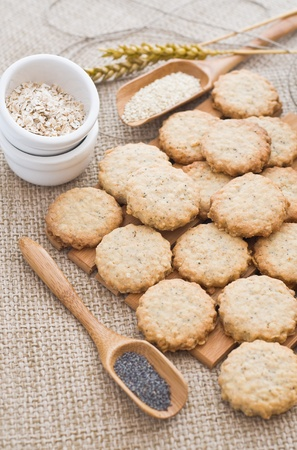 Poppy and sesame seed oatcakes