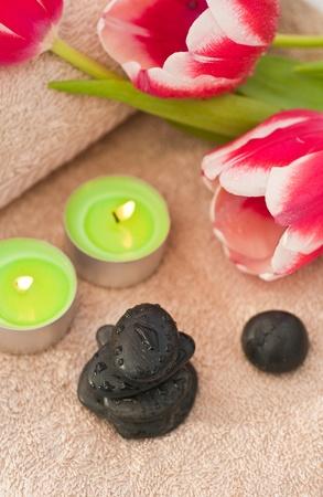beautycare: Spring zen-like spa with fresh tulips