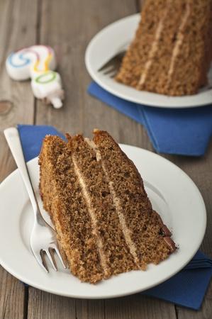 rum cake: Caff� e torta di noci al rum e crema di noci Archivio Fotografico