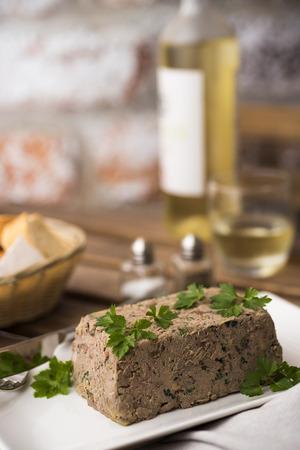 higado de pollo: terrina de hígado de pollo con vino